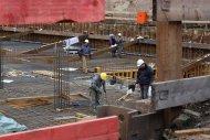 praca na placu budowy