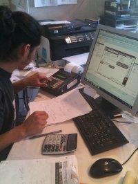 praca przy biurku